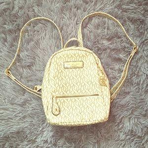 🦙Andrew Marc Mini Backpack